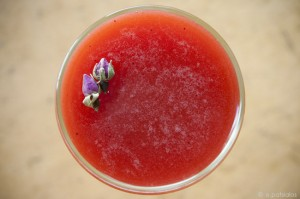 strawberry cocktail with G'Vine