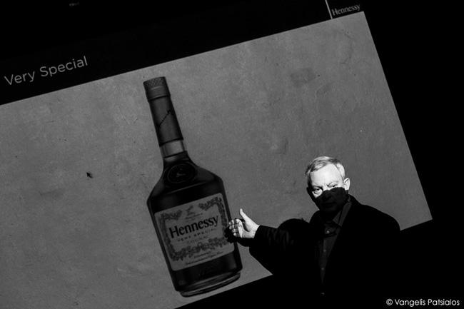 094_Hennessy_VangelisPatsialos_web